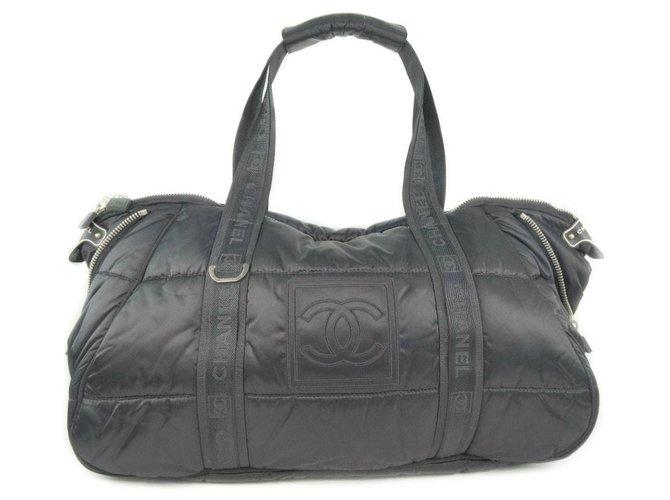 Chanel handbag Black Synthetic  ref.292773