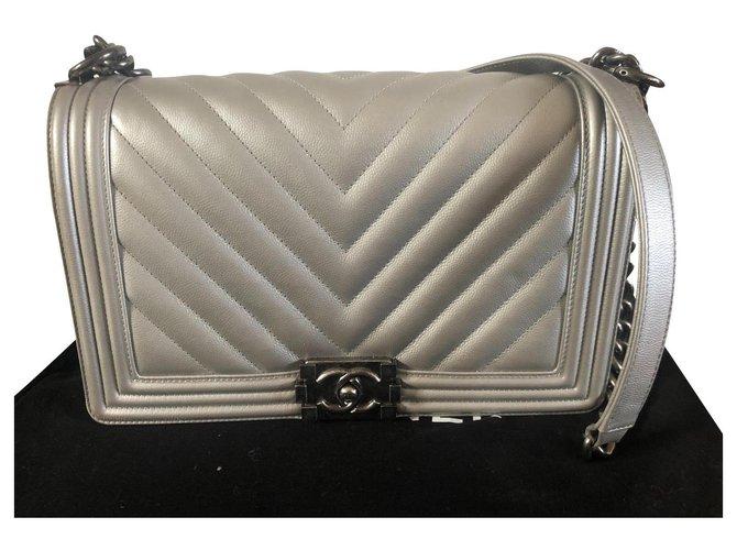 Chanel Boy big model Handbags Leather Silvery,Silver hardware ref.293333