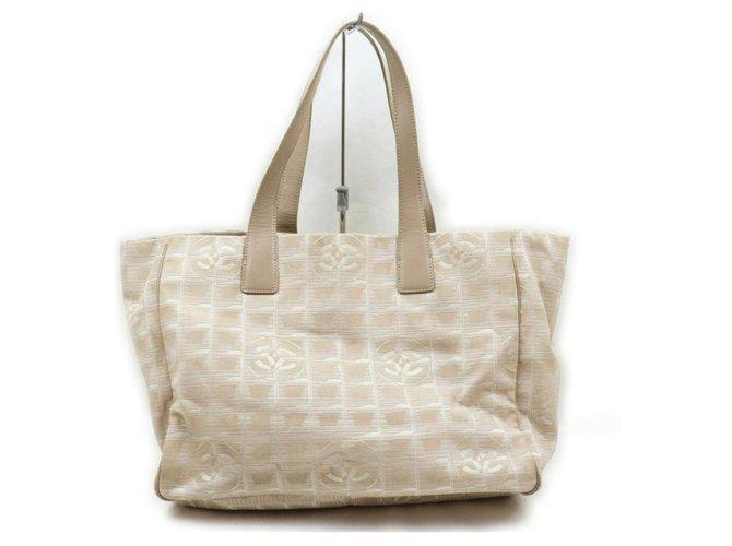 Chanel Beige New Line Shopper Tote MM  ref.294041