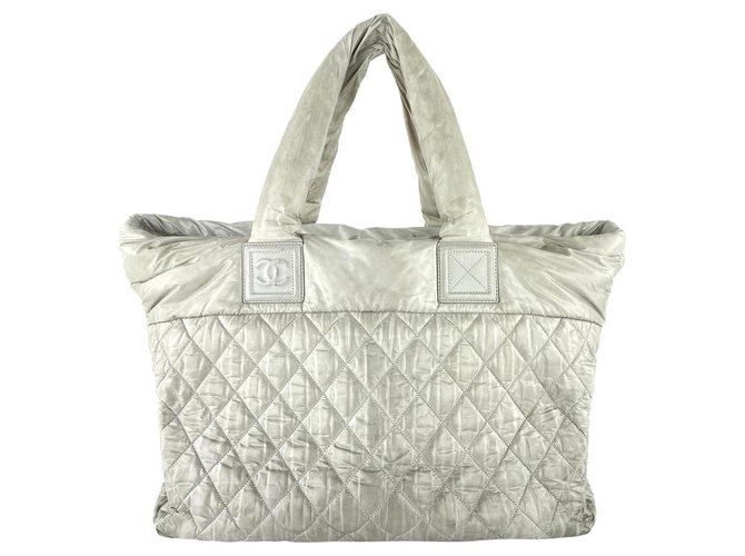 Chanel Large Quilted Grey Cocoon Tote  ref.294578