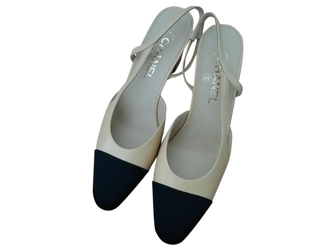 Chanel slingback Heels Leather Beige ref.299553