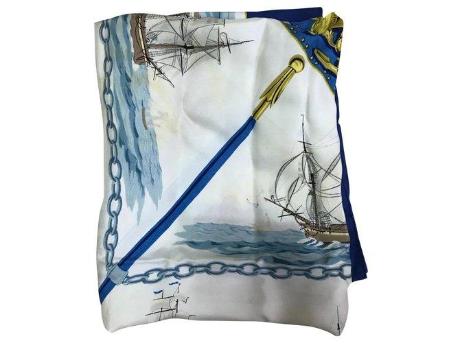 Hermès Silk scarves Blue  ref.299595