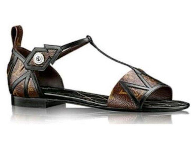 Louis Vuitton Sandals Brown Leather  ref.307770