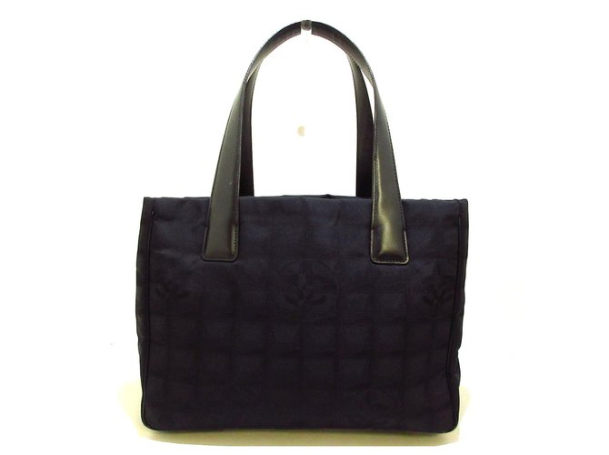 Chanel tote bag Black Synthetic  ref.311084