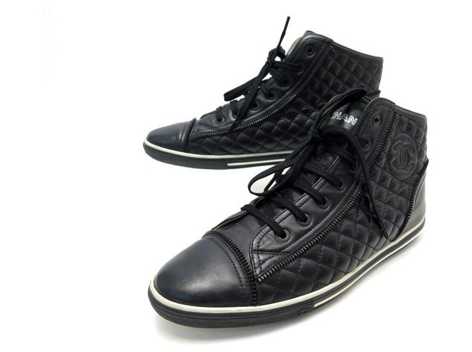 CHANEL BASKETS G SHOES28569 40 QUILTED LEATHER CC LOGO SNEAKERS SHOES Black  ref.311252