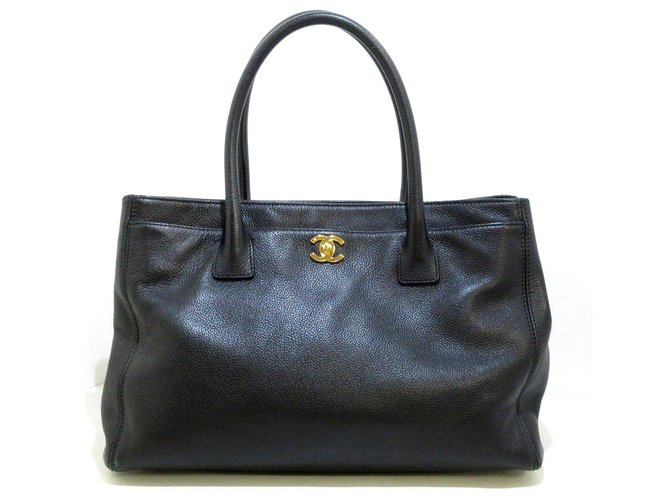 Chanel tote bag Black Leather  ref.312233