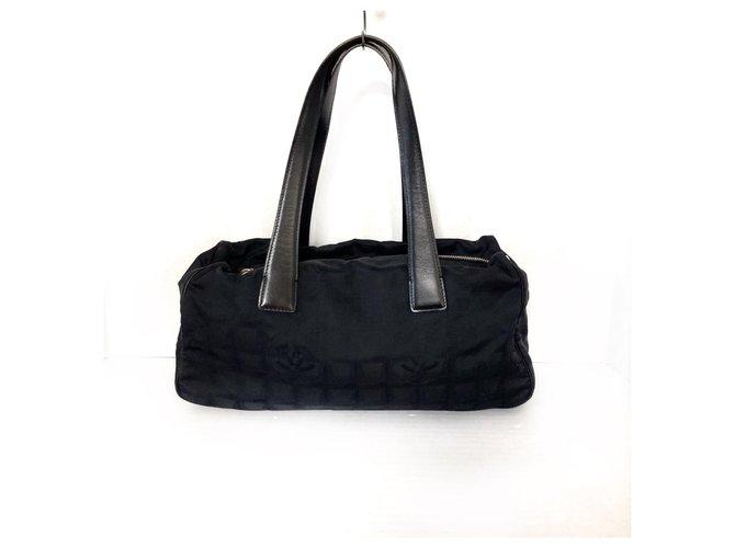 Chanel shoulder bag Black Synthetic  ref.312249