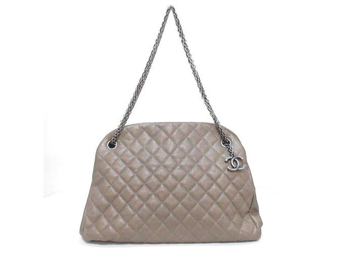 Chanel shoulder bag Beige Leather  ref.312284