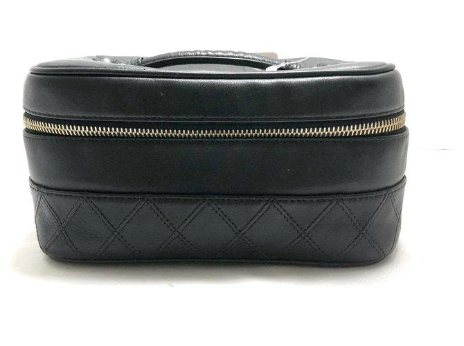 Chanel clutch bag Black Leather  ref.312343