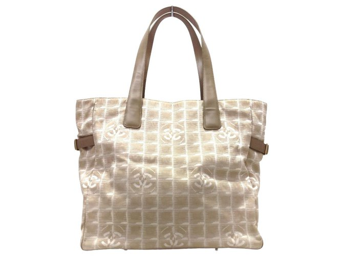 Chanel tote bag Beige Synthetic  ref.312592