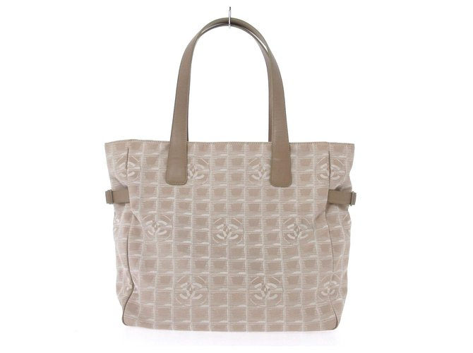 Chanel tote bag Beige Synthetic  ref.312595