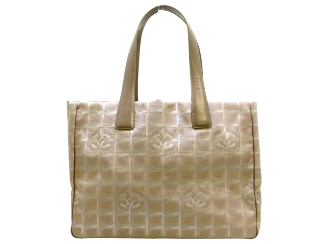 Chanel tote bag Beige Synthetic  ref.312596