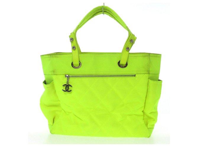 Chanel tote bag Green Cloth  ref.313247
