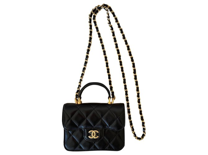 Chanel Runway Black Lambskin Flap Coin Purse with Chain  ref.313649