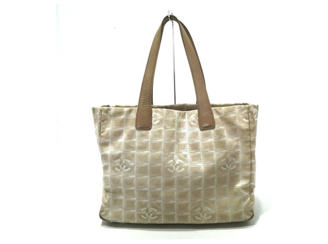 Chanel Travel line Beige Synthetic  ref.319888