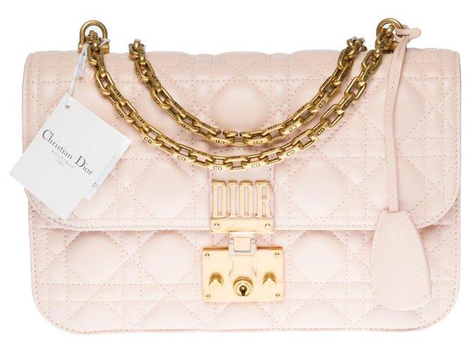 Christian Dior Elegant Dior Dioraddict shoulder bag in powder pink leather cannage, garniture en métal doré,  ref.320180