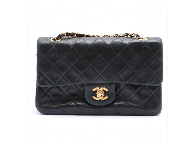 Chanel Timeless Black Leather  ref.321581