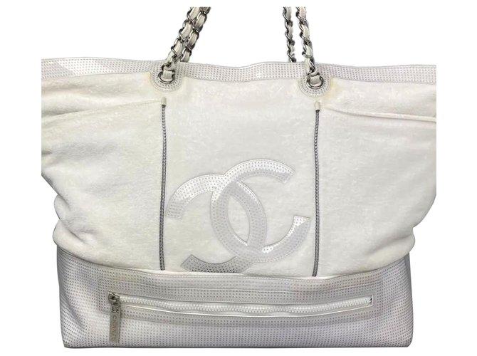 Chanel White CC Cotton Tote Bag Leather Cloth  ref.328203