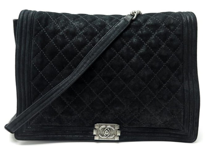 NEW CHANEL BOY MAXI JUMBO BLACK QUILTED SUEDE LEATHER HAND BAG  ref.328840