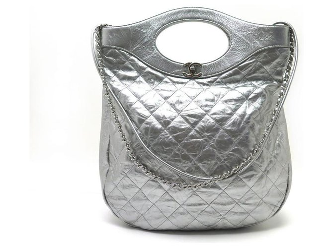 Chanel handbag 31 SILVER COLD QUILTED LEATHER STRAP HANDBAG Silvery  ref.329432