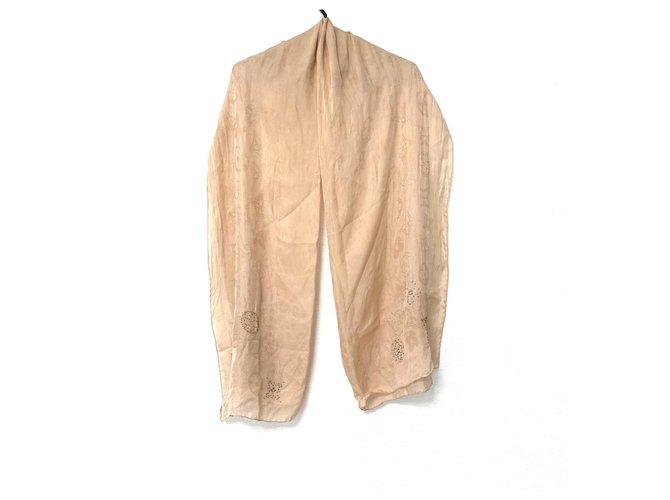 Louis Vuitton Scarf Beige Silk  ref.331278