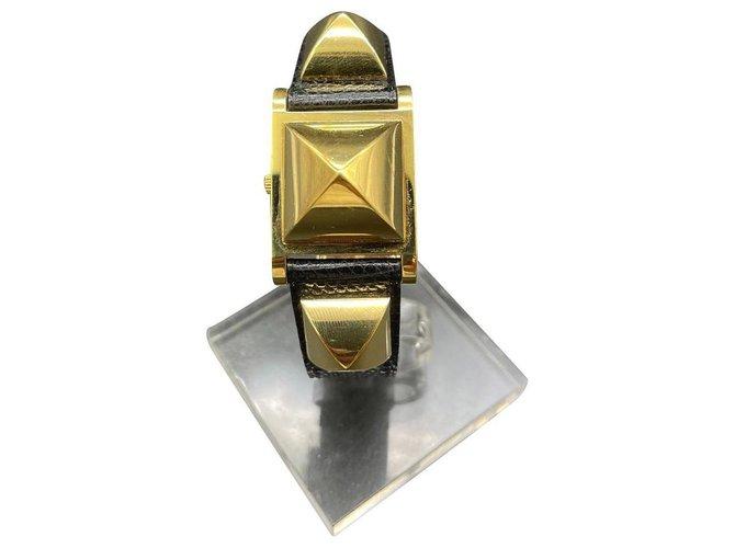 Hermès medor Gold hardware Gold-plated  ref.332318