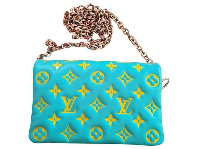 Louis Vuitton Coussin clutch bag Turquoise Lambskin  ref.337514