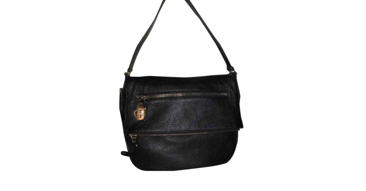 9f0e98b9042e Salvatore Ferragamo Handbag Handbags Leather Black ref.26653 - Joli Closet