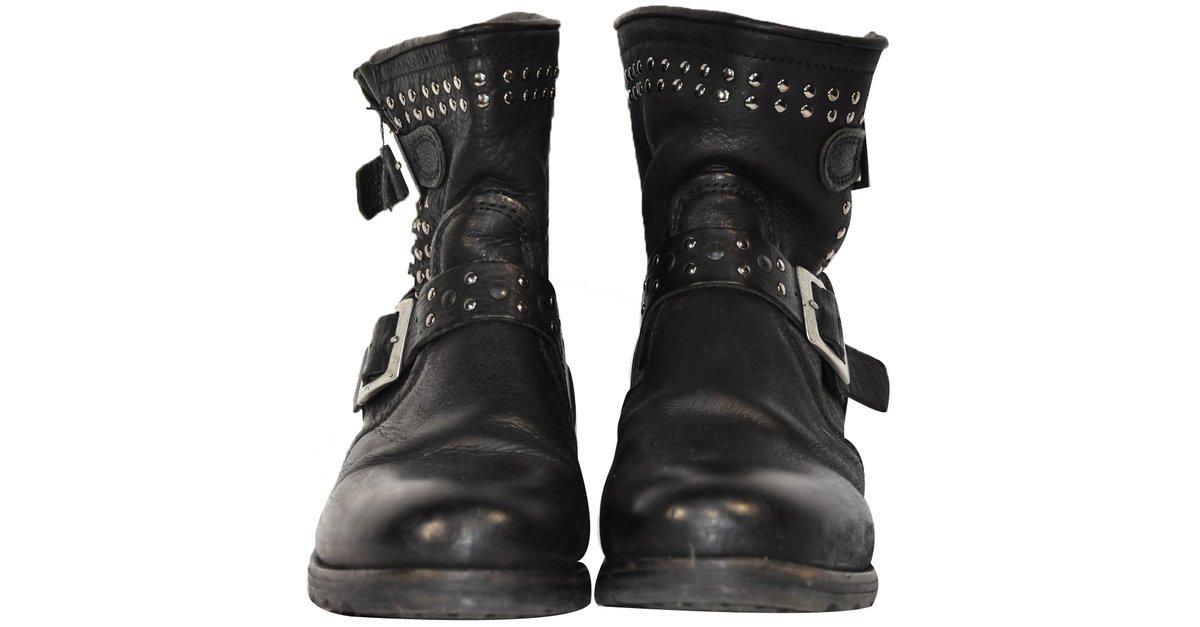 Bottines Autre Marque Boots modèle UPCAST STUD noir PALLADIUM Cuir Noir ref.37472