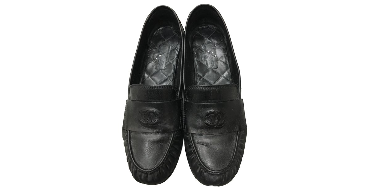 ed097b388c20 Chanel Flats Flats Leather Black ref.56661 - Joli Closet