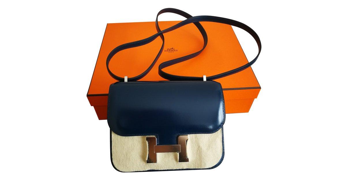 0d89df4fbf Hermès Constance Mini Handbags Leather Navy blue ref.77775 - Joli Closet