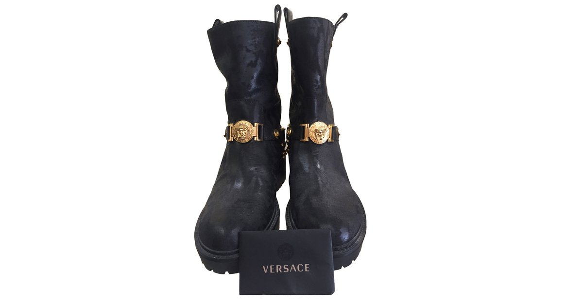 dc5070f0022 Gianni Versace boots Boots Leather Black ref.79280 - Joli Closet