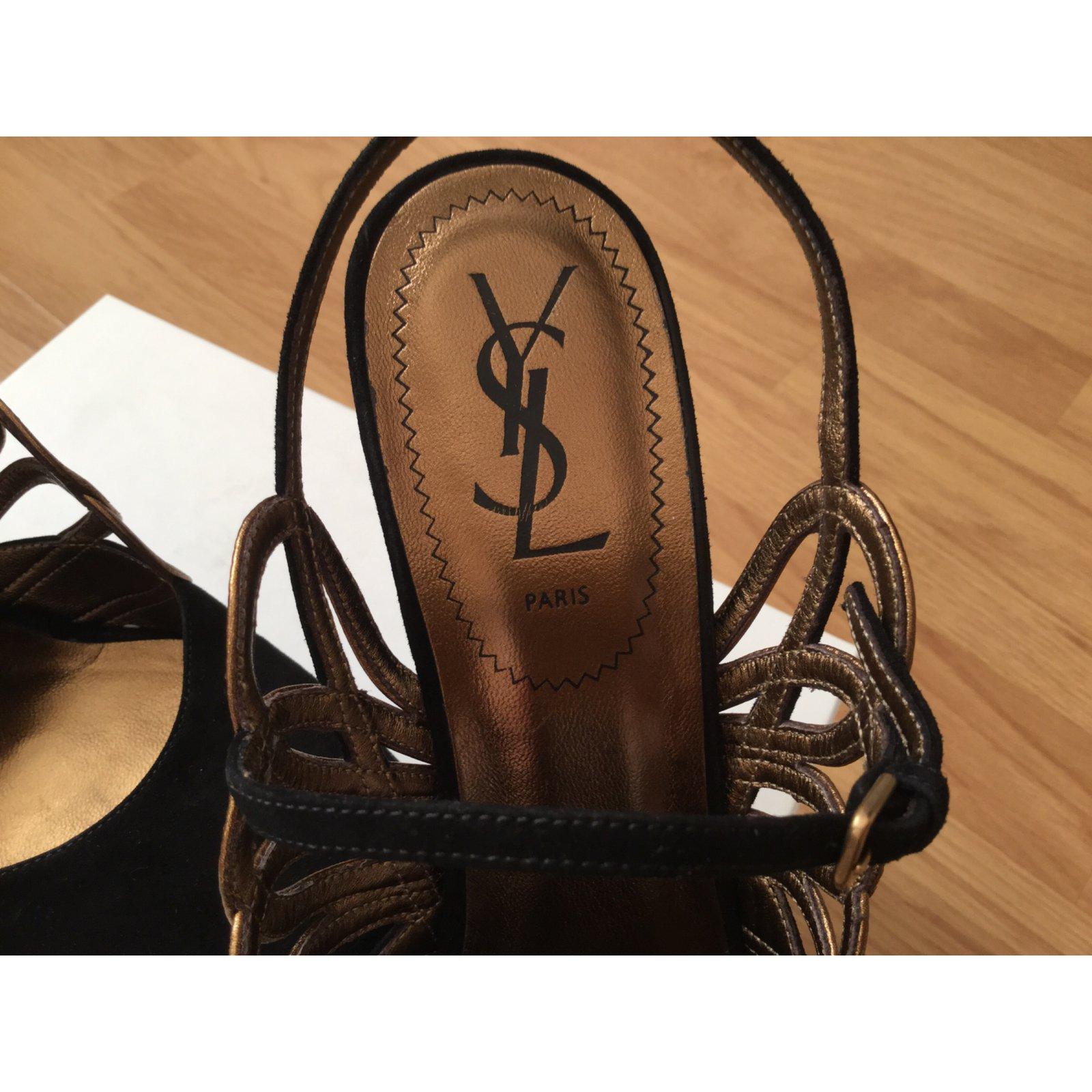 0dc1c8145afb7 Yves Saint Laurent Heels Heels Deerskin Black ref.6321 - Joli Closet