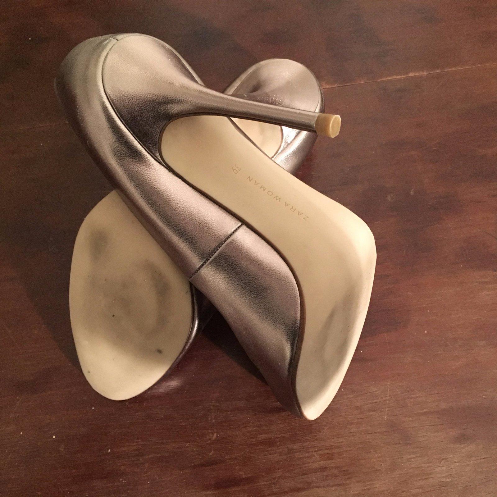 escarpins zara escarpins cuir dor joli closet. Black Bedroom Furniture Sets. Home Design Ideas