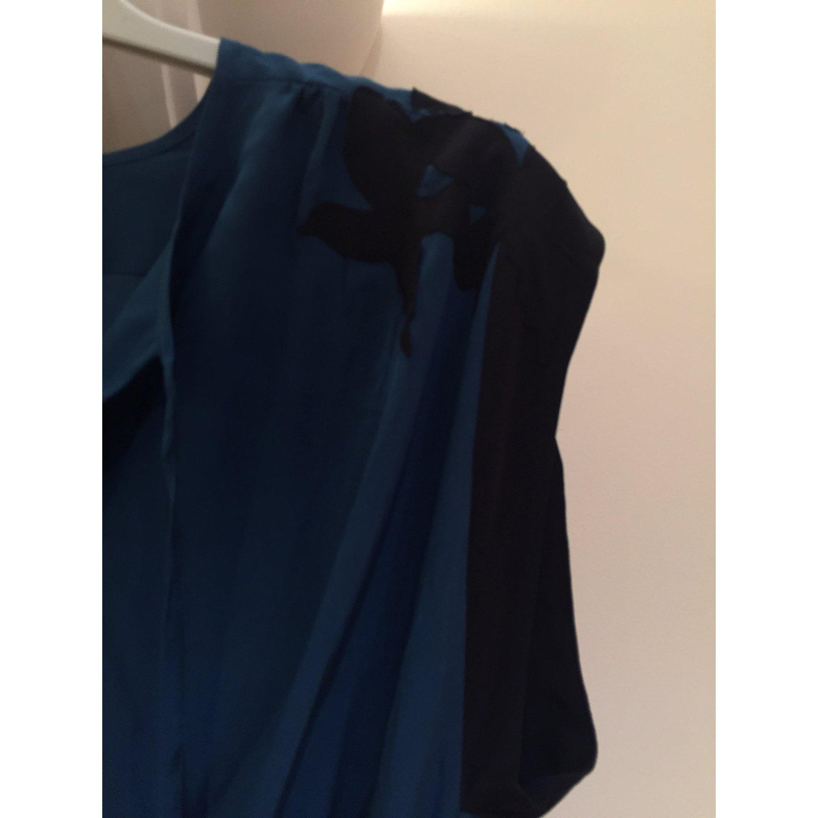 Robe bleue soie bel air