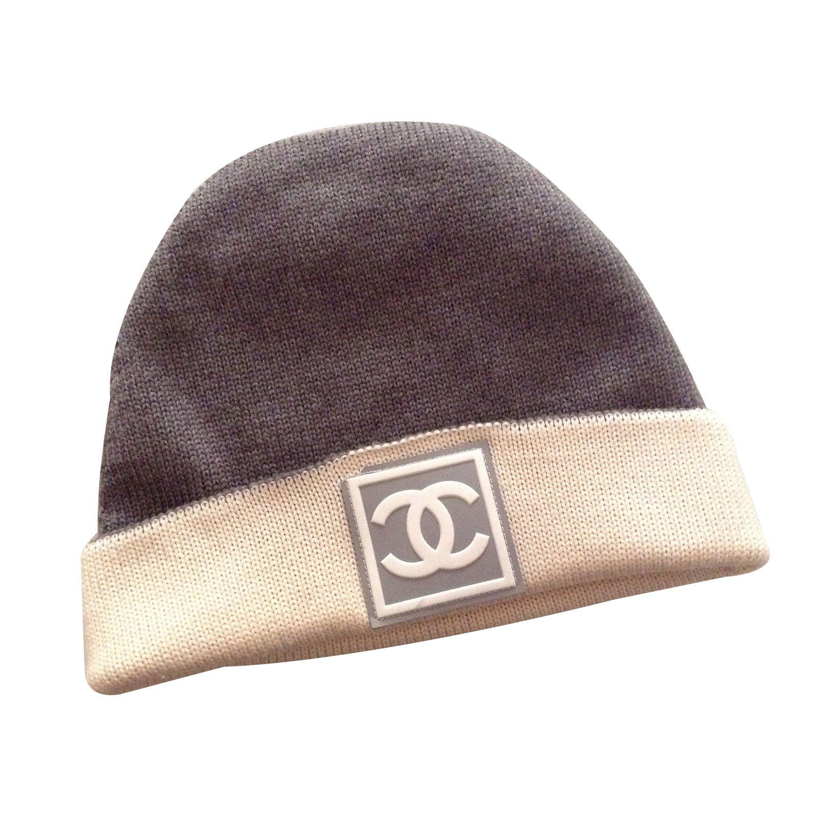 2c520cbf1e0 Chanel Hats Hats Wool Grey ref.13288 - Joli Closet