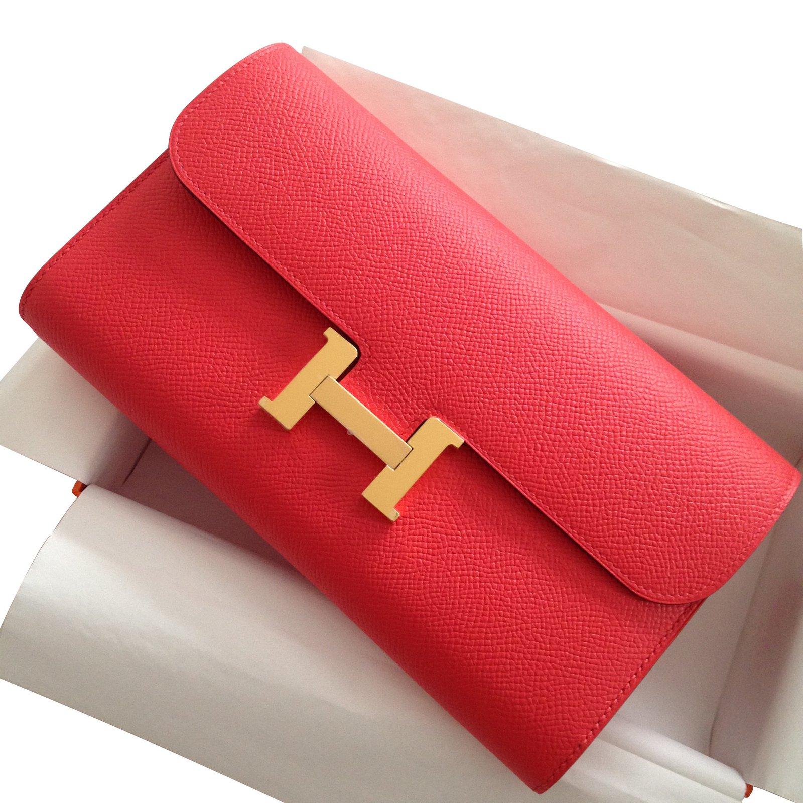 da2fedc883 Portefeuilles Hermès Constance clutch wallet Cuir Rose ref.16037 - Joli  Closet