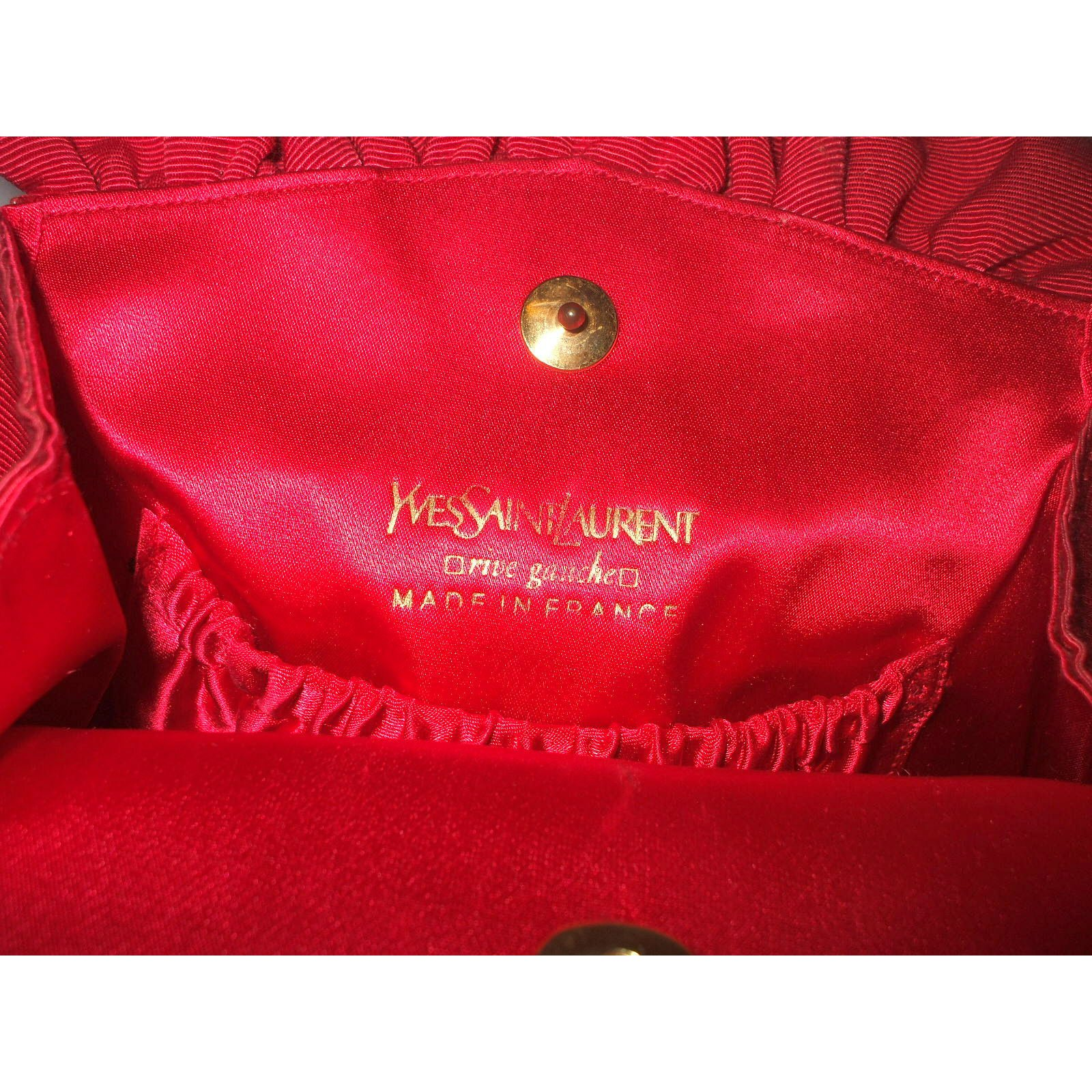 Handbags Yves Saint Laurent Handbags Cloth Red ref.16183 - Joli Closet