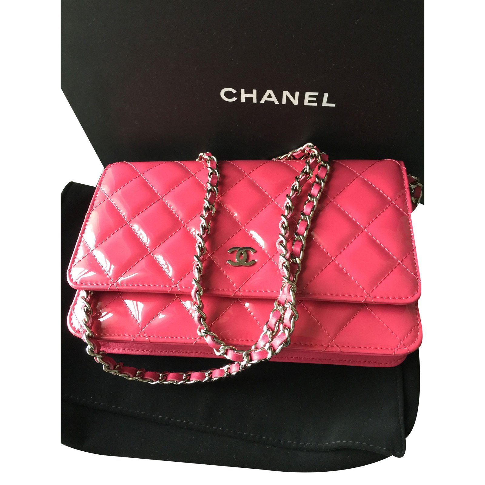 e8fe85bac8 Chanel Pink Chanel wallet on chain WOC Clutch bags Patent leather Pink  ref.16527 - Joli Closet