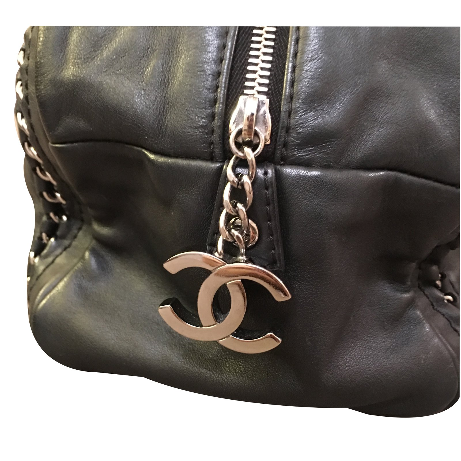 08d64bd95242c0 Chanel Chanel Luxury Ligne Bowler Black Lambskin with Silver Chains Handbags  Leather Black ref.17261 - Joli Closet