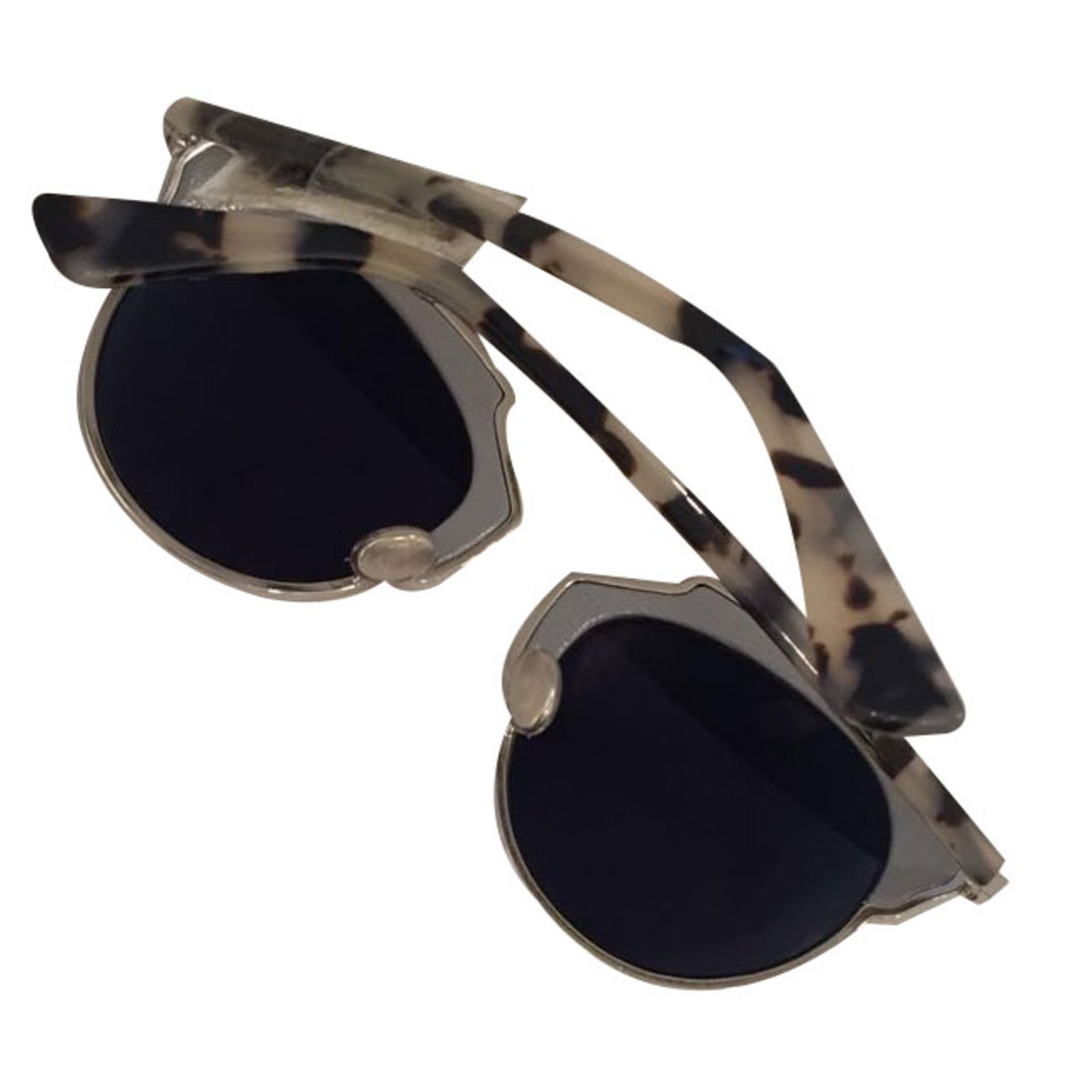 c8f382310020 Dior Dior so real in leather Sunglasses Leather Grey ref.19324 - Joli Closet