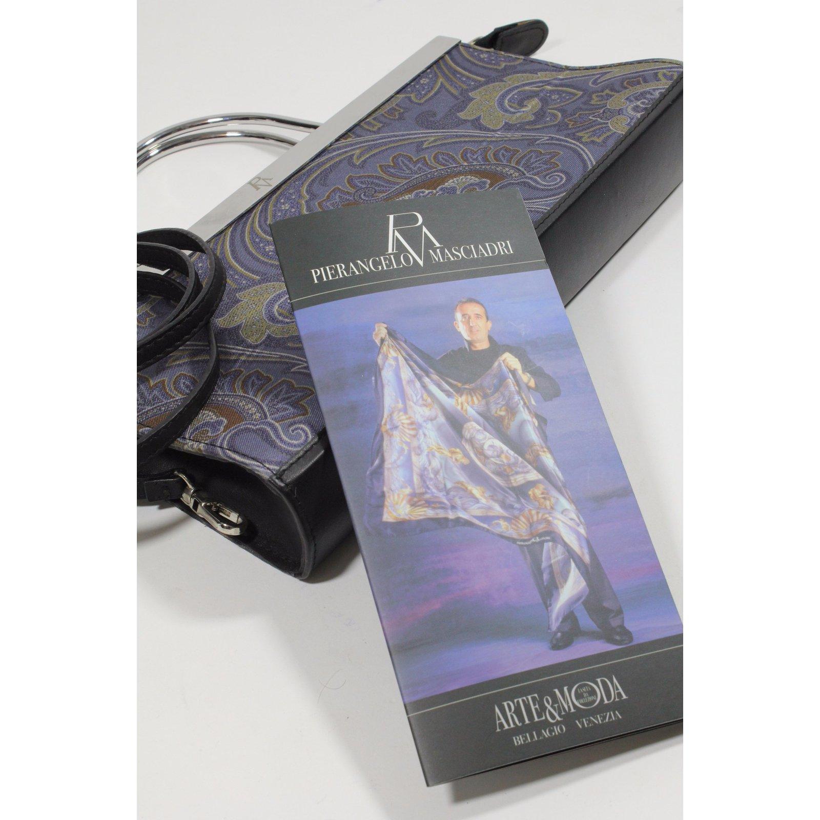 pochettes autre marque pochette pierangelo masciadri tissu bleu joli closet. Black Bedroom Furniture Sets. Home Design Ideas