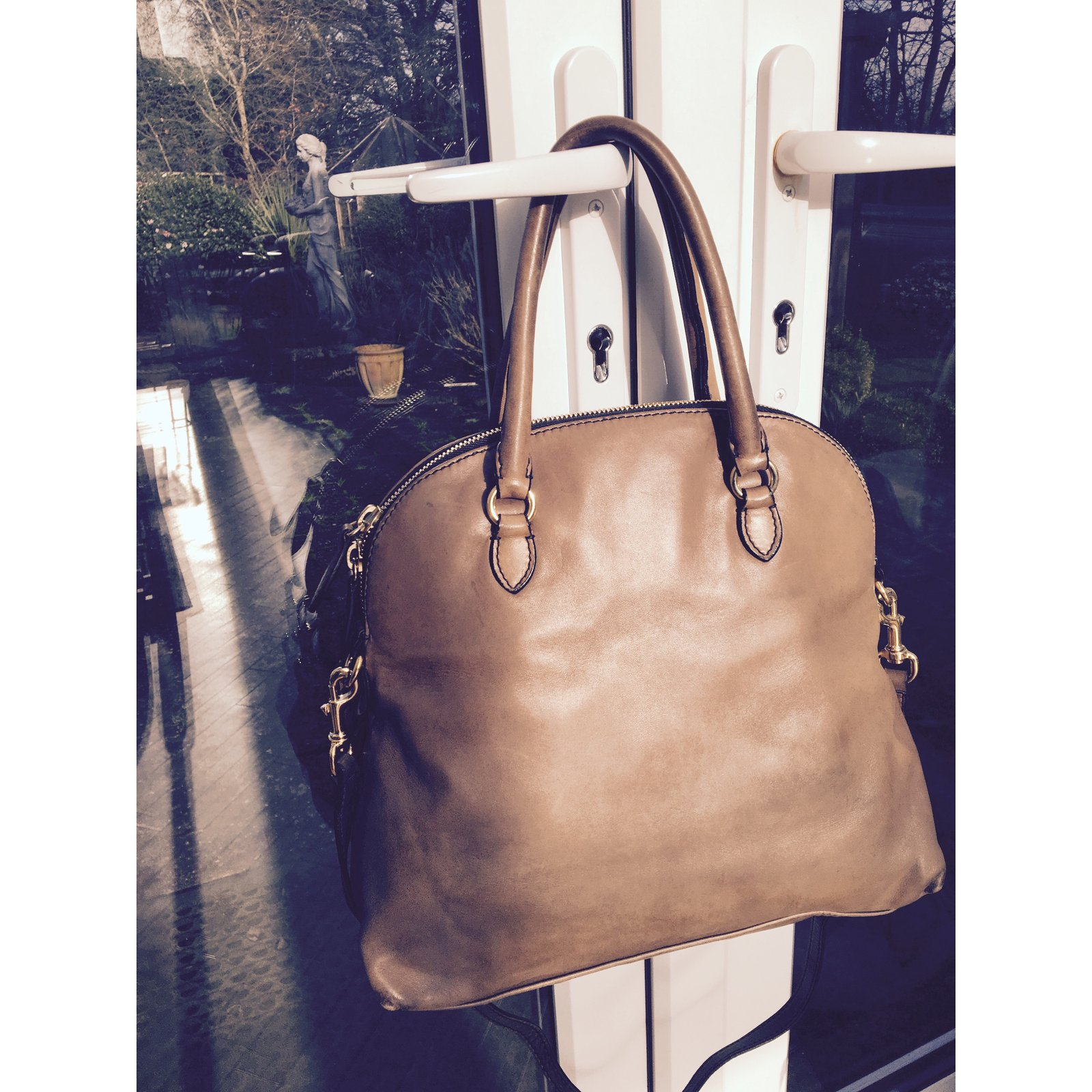 cb0083fb5cd Valentino Valentino taupe leather rose petale dome tote/ satchel Handbags  Leather Other ref.20969 - Joli Closet