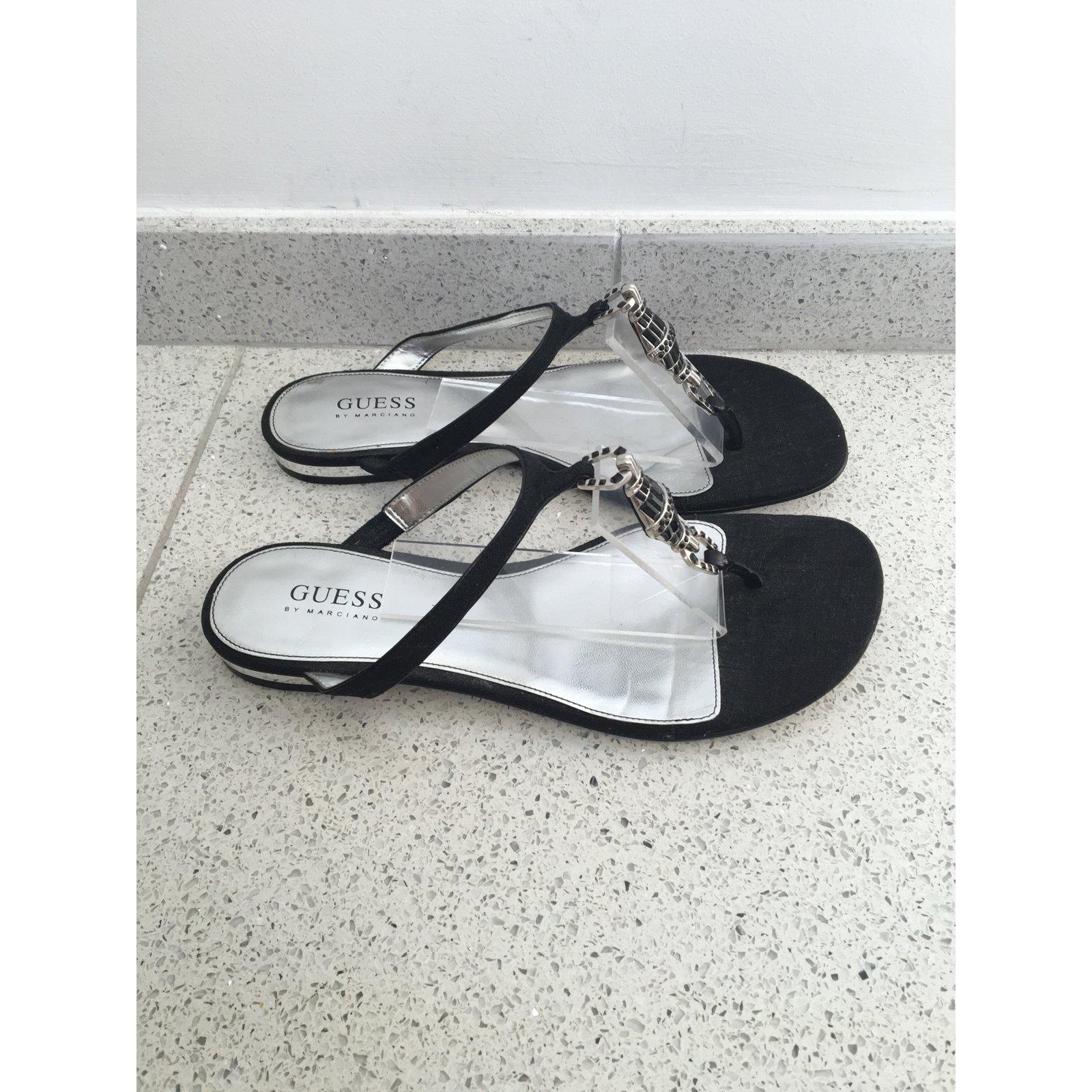 prix raisonnable Livraison gratuite dans le monde entier Couleurs variées Guess Sandale Tong Guess Tong Sandale Sandale Sandale Tong ...
