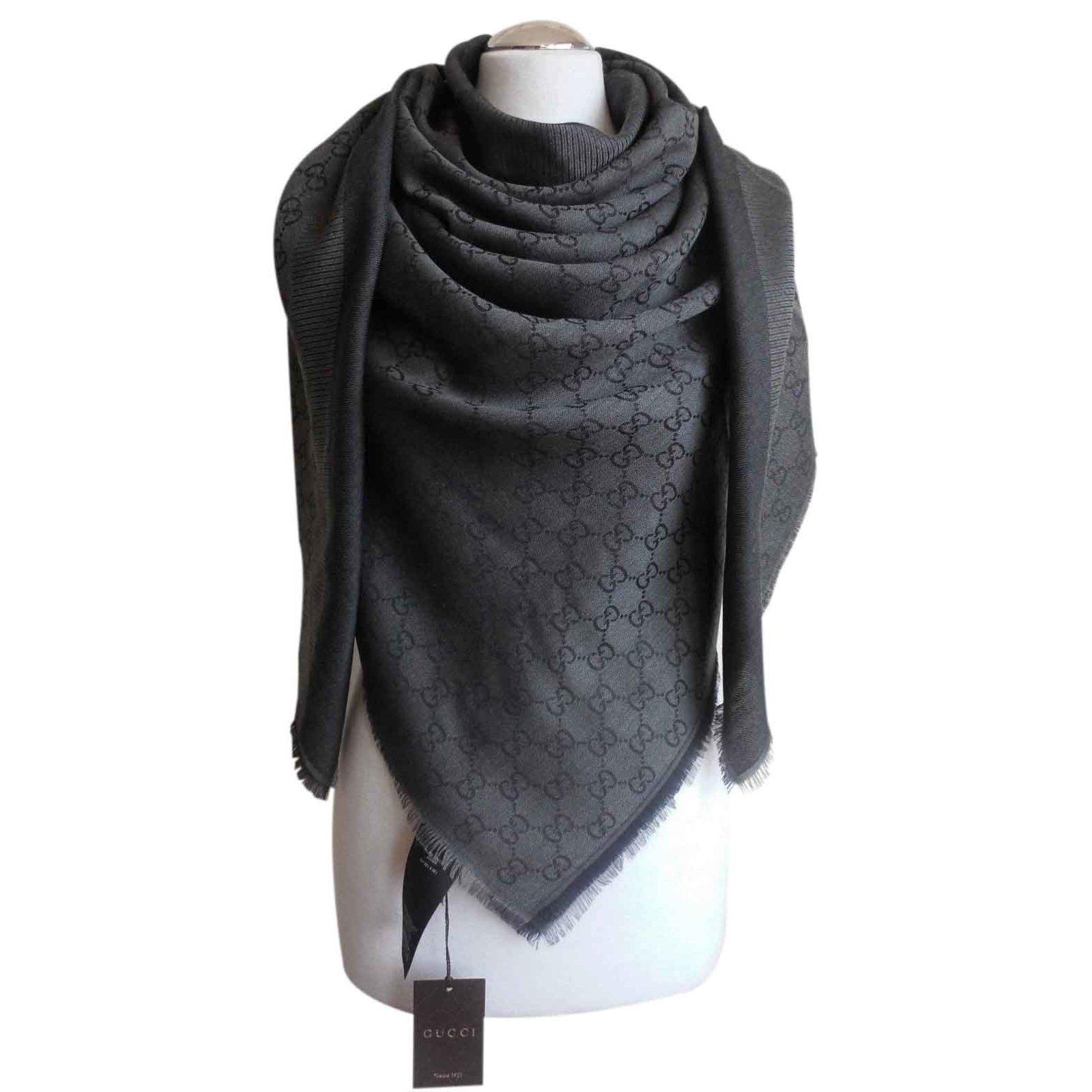 Gucci scarf Scarves Wool Black ref.23474