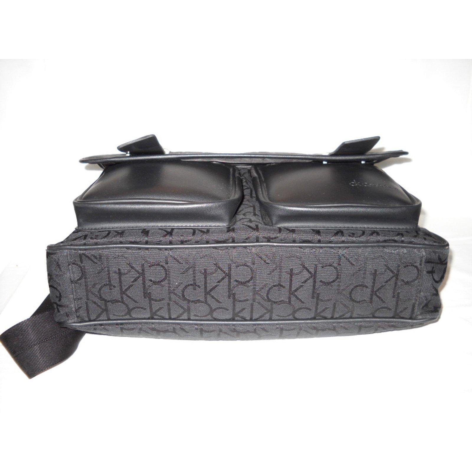Bandouliere Ref Tissu Calvin Joli Noir Sacs Closet Sac 25394 Klein pxwBIcYt
