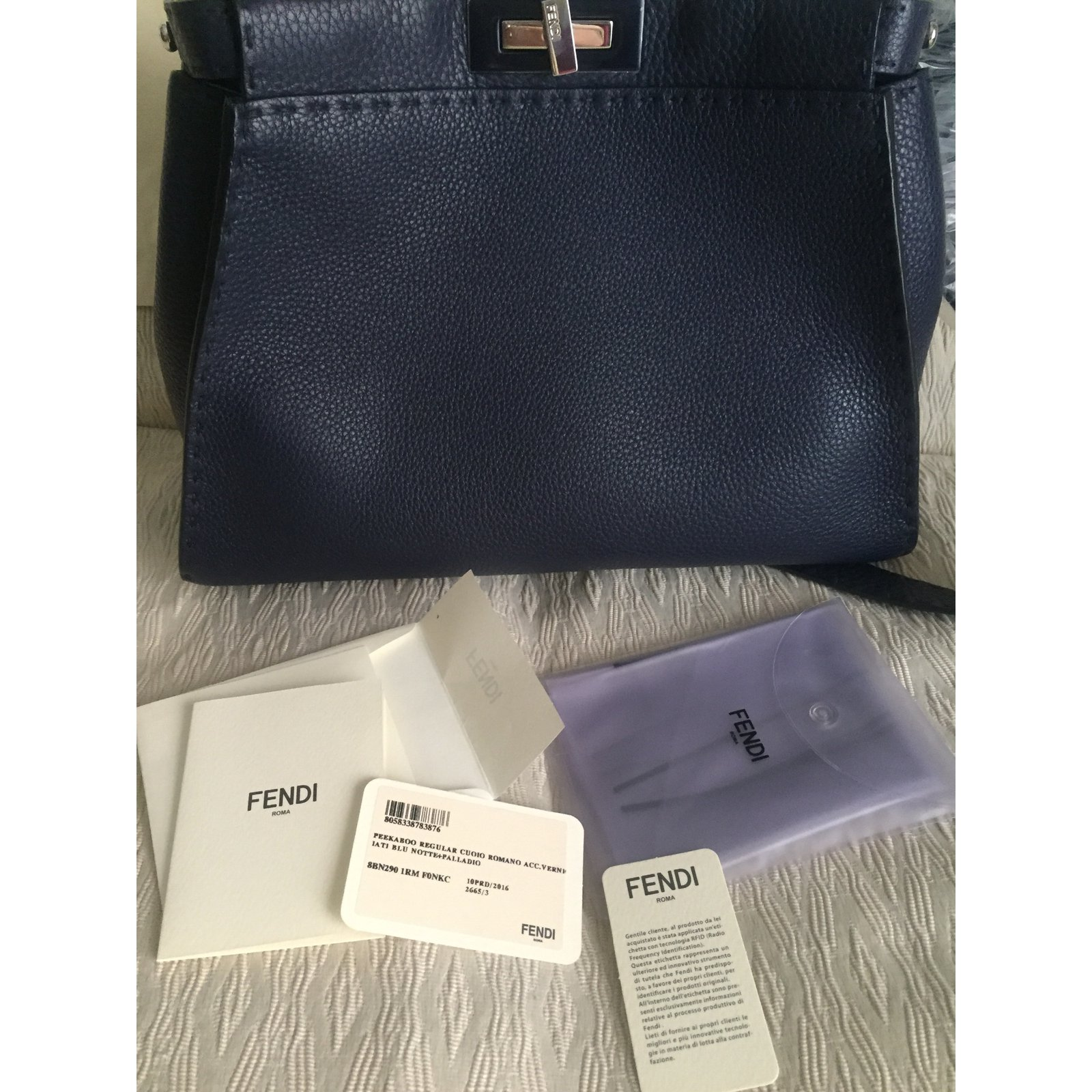 9513824e1be9 Fendi Peekaboo selleria Handbags Leather Blue ref.26644 - Joli Closet