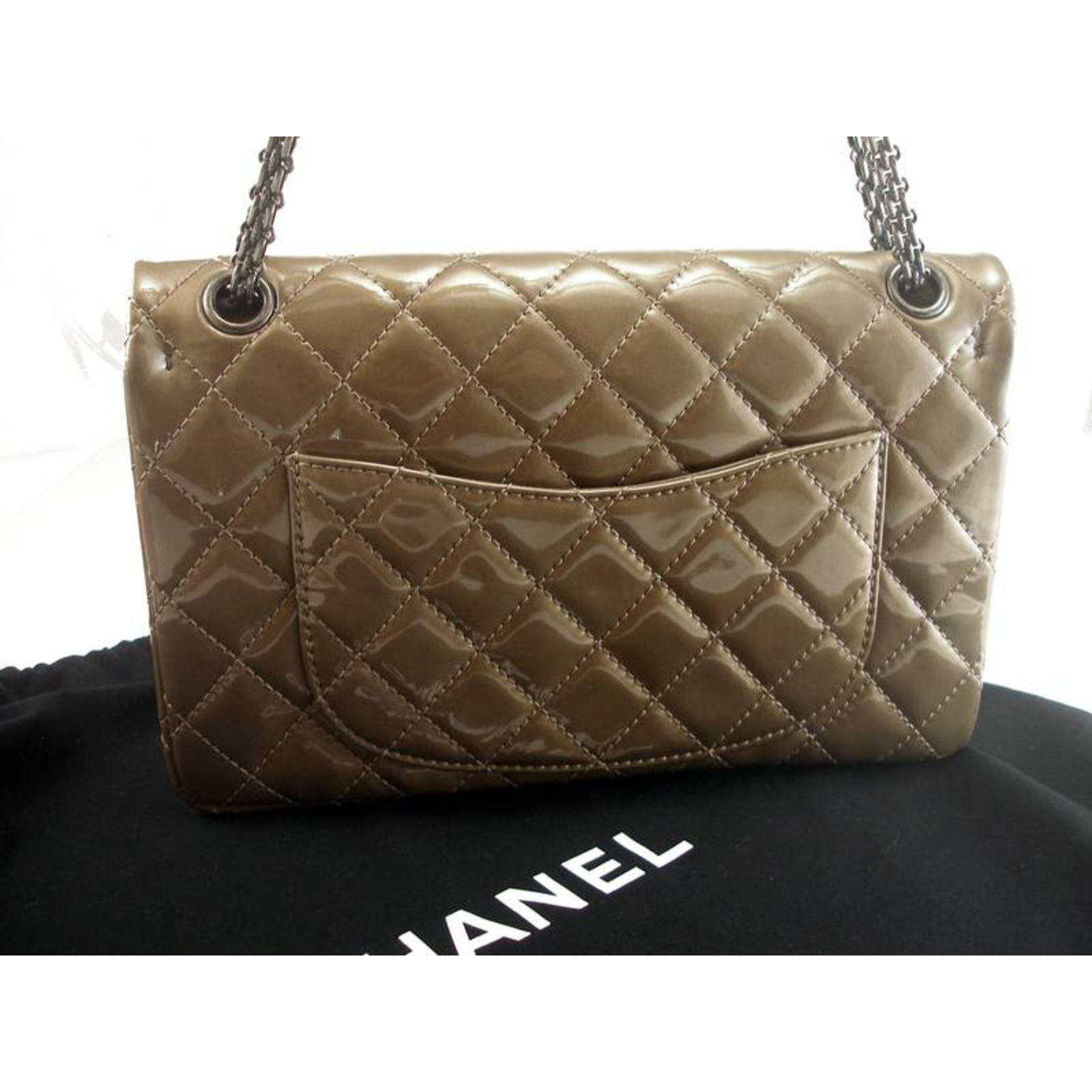 5a35bf02381f Chanel Reissue 227 Handbags Patent leather Taupe ref.27543 - Joli Closet