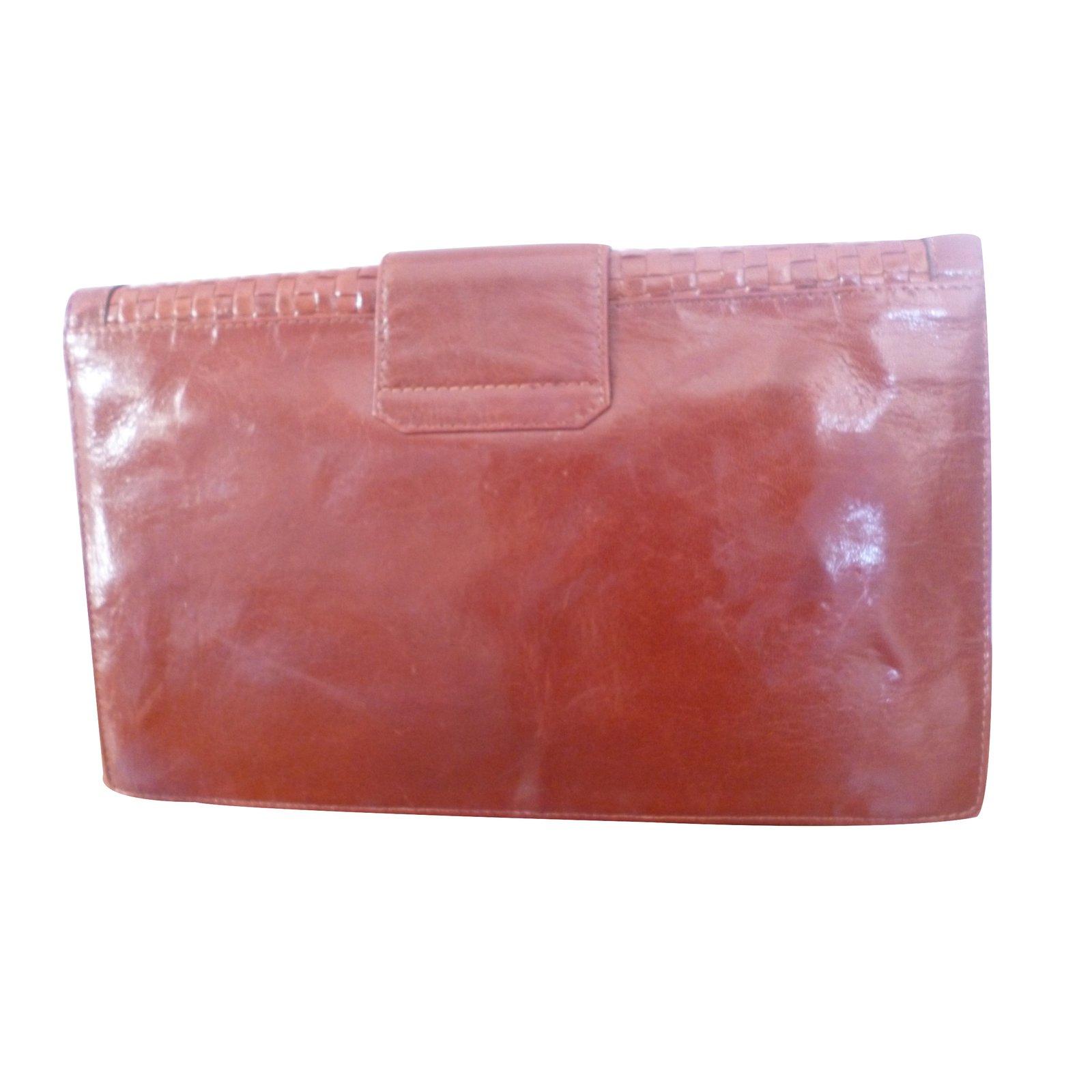64772da75103 Fendi Clutch bag Clutch bags Leather Brown ref.28882 - Joli Closet