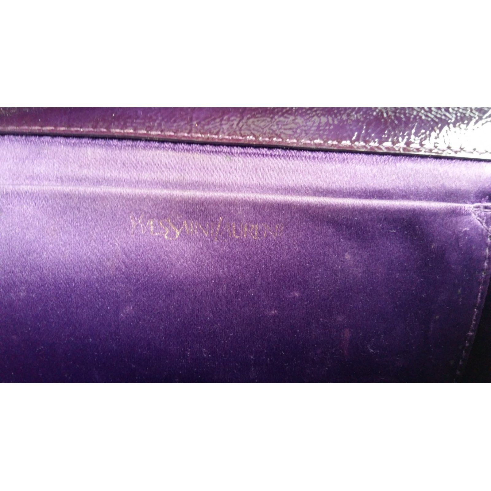 8d267659b6b8 ... Yves Saint Laurent Belle de jour Clutch bags Patent leather Purple  ref.29278 - Joli ...